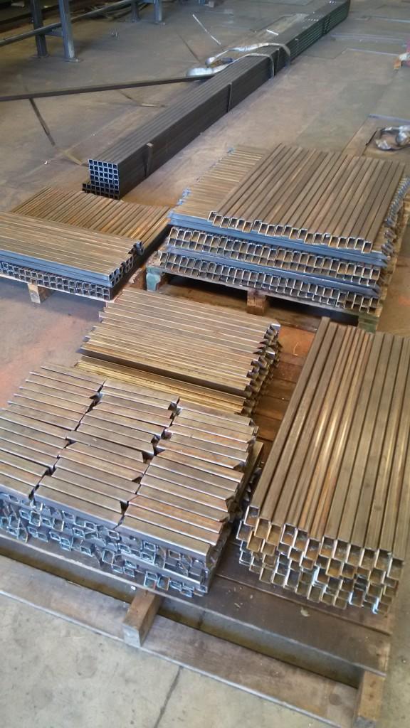 tubolare-30x30-r-3-4200-tagli